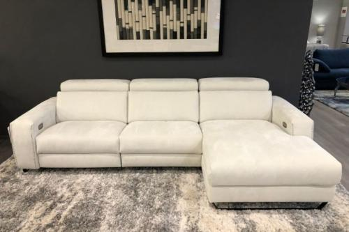 3 Pc. Sectional With Motion