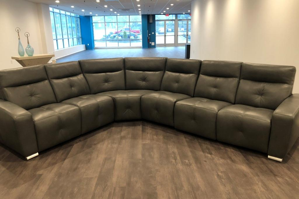 4 Pc Leather Sectional